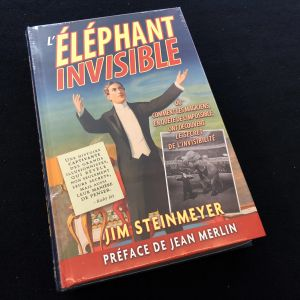 Livre de magie HIDDING THE ELEPHANT - L'éléphant invisible de Jim STEinmeyer