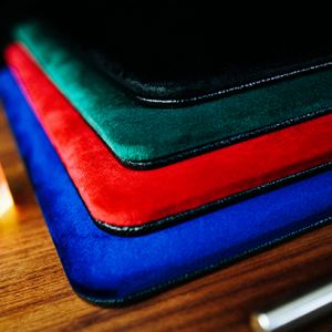 SUEDE LEATHER PAD mini - TCC - Tapis de cartes - close-up pour magicien