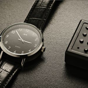 THE WATCH - BLACK Classic edition