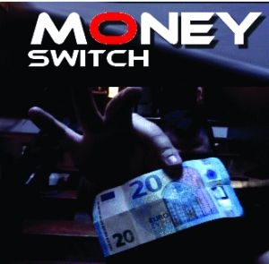tour de magie money switch du magicien Mickael CHATELAIN